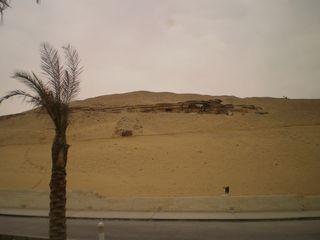 26jan10-46-Mastaba